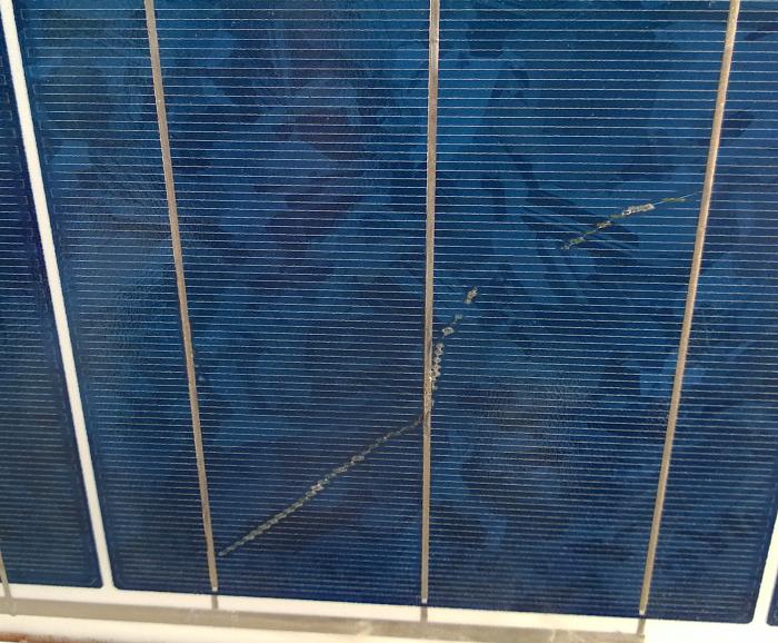 Μικρο-ρωγμές κυψελών φωτοβολταϊκών πάνελ ( snal trails )